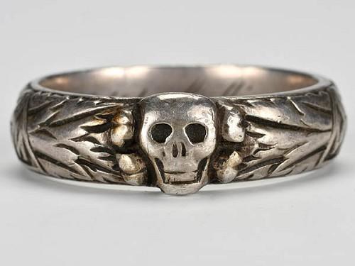 i1541479-SS-Totenkopf-H-Himmler-Honor-Ring-VERY-RARE-Militaria